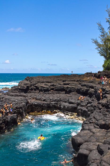 Cliff Diving, Queens Bath, Kuai, Hawaii photo by