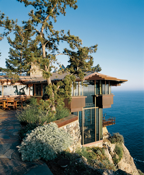 Cliff Top House, Big Sur, California photo via adhare